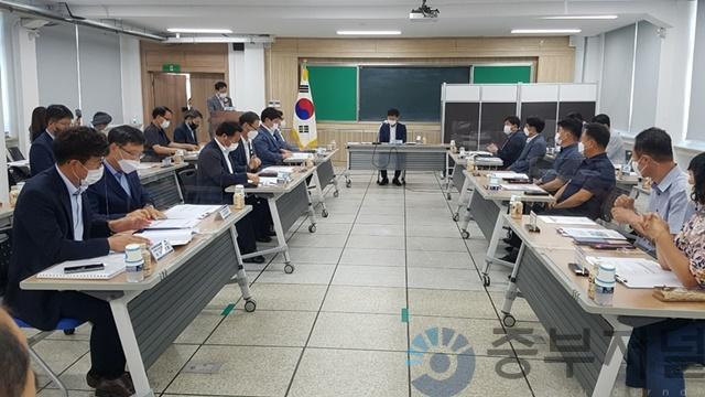 26일 충북도의회, 제천지역 특성화고 발전 방향 모색을 위한 간담회 개최_사진1.jpg