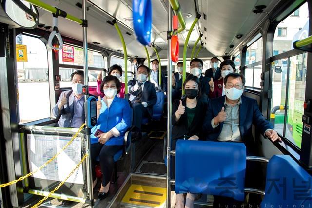 친환경 전기저상시내버스개통식 (2).jpg